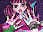 Play Monster Nails Spa