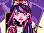 Play Dracubecca Dress Up