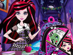 Play Monster High Back To School