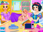Play Snow White Doctor Rapunzel Foot