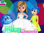 Play Riley Super Wedding dress