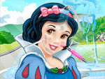 Play Snow White Makeover Salon