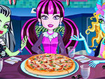 Play Monster High Halloween Pizza